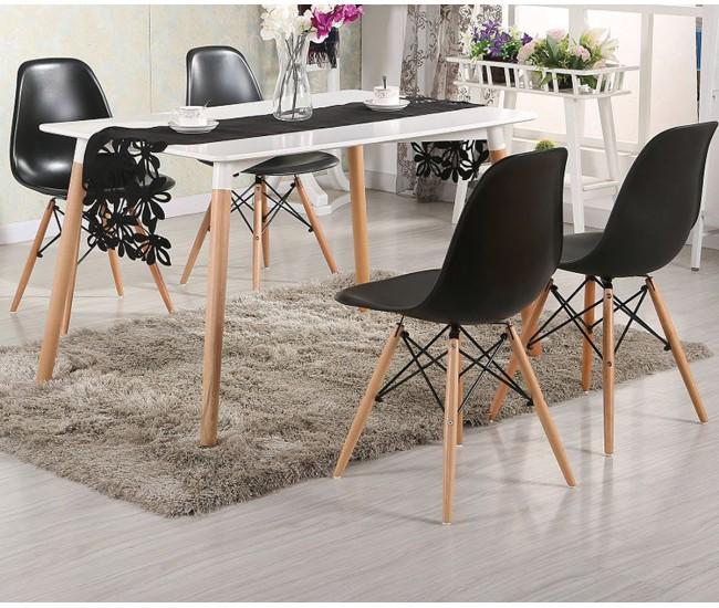 Комплект трапезна маса с четири стола