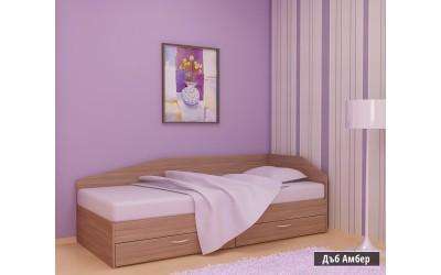 Легло Криси с чекмеджета